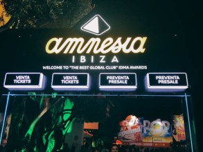 Club Amnesia Entrance